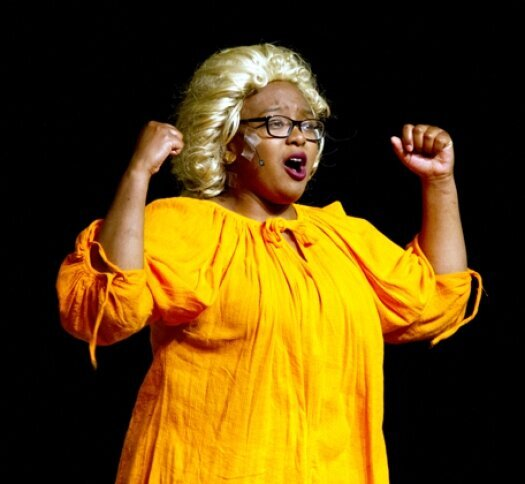 'Hairspray' makes energetic debut